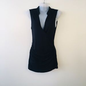 Banana republic sleeveless ruched top size small